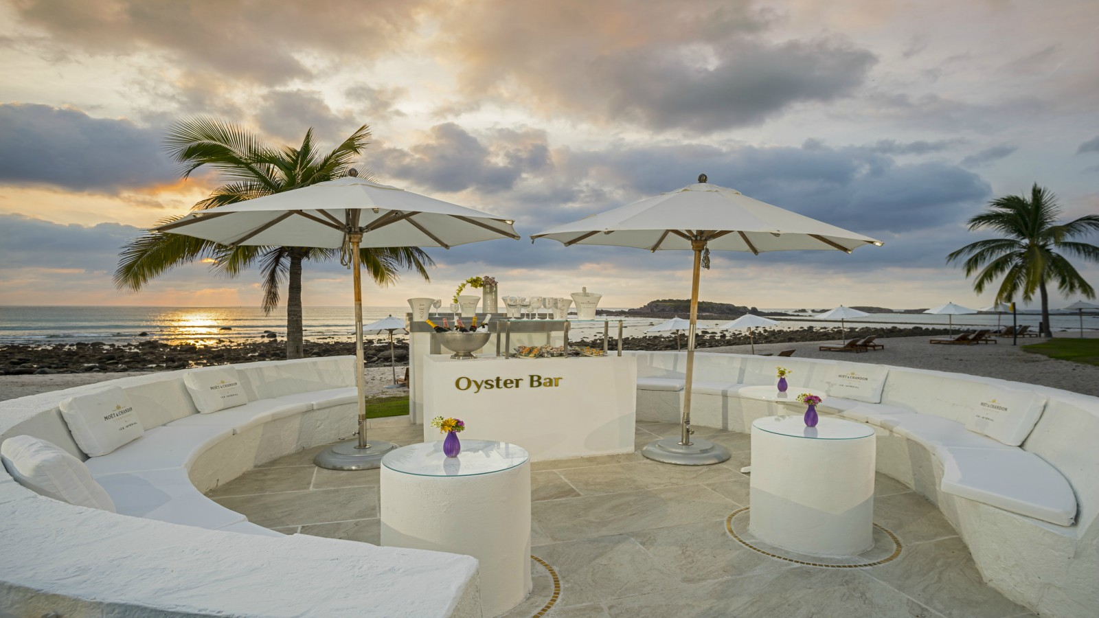 Oyster Champagne Bar